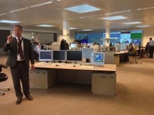 Christopher Peregrine, Expoert Advanced Operational Control, forteller om Eurcotrols virksomhet, her fra Operasjonssentralen